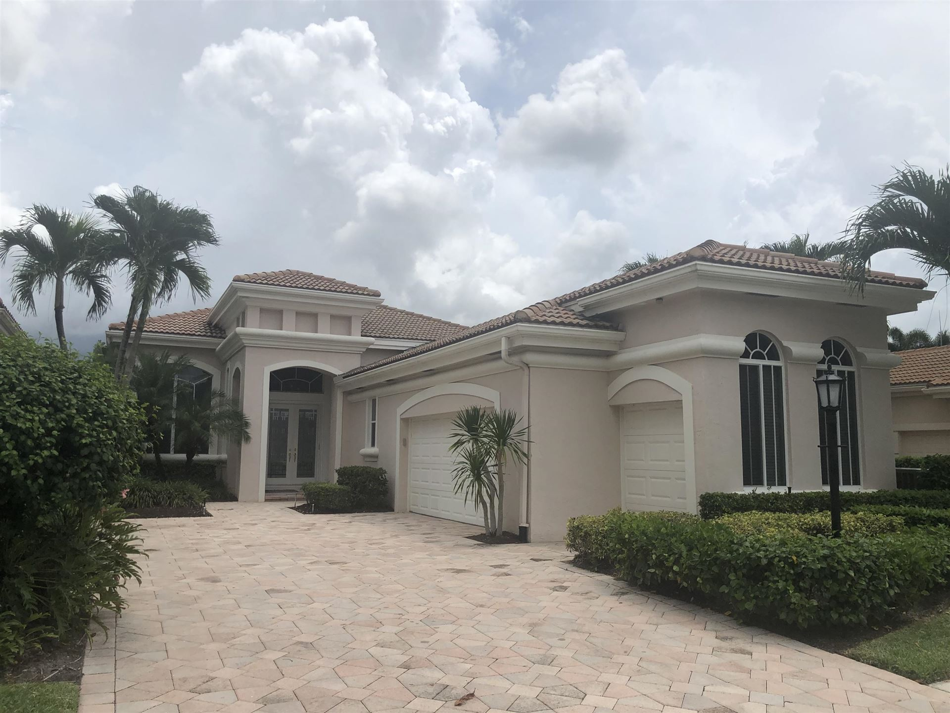 Photo of 391 Isle Court, Palm Beach Gardens, FL 33418 (MLS # RX-10663068)