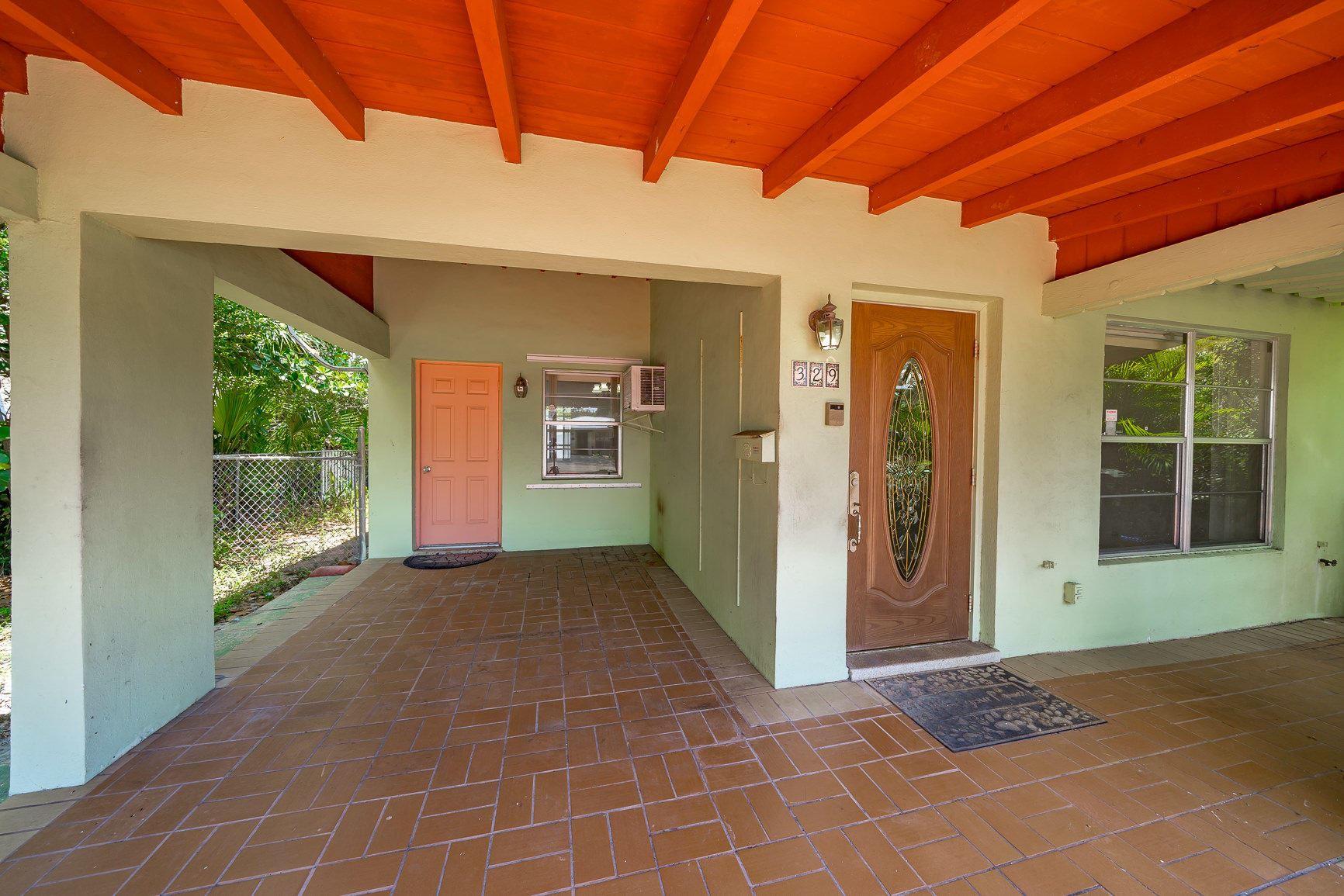 329 SW 2nd Street, Boca Raton, FL 33432 - MLS#: RX-10721069