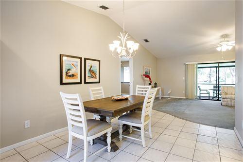 Photo of 4 Winchmore Lane, Boynton Beach, FL 33426 (MLS # RX-10752070)