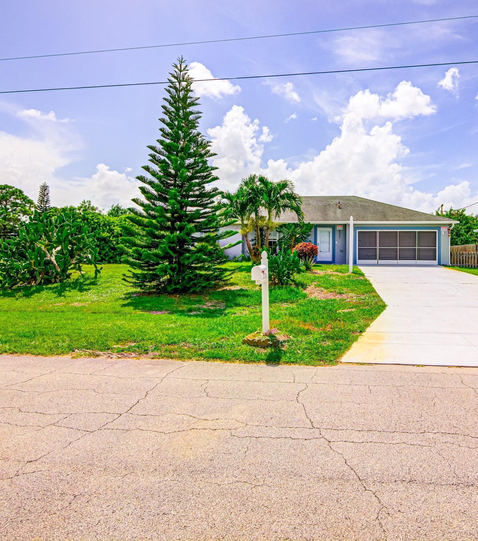 2174 SW Venus Street, Port Saint Lucie, FL 34953 - MLS#: RX-10742070