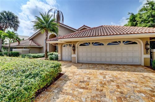 Photo of 17605 Scarsdale Way, Boca Raton, FL 33496 (MLS # RX-10610071)