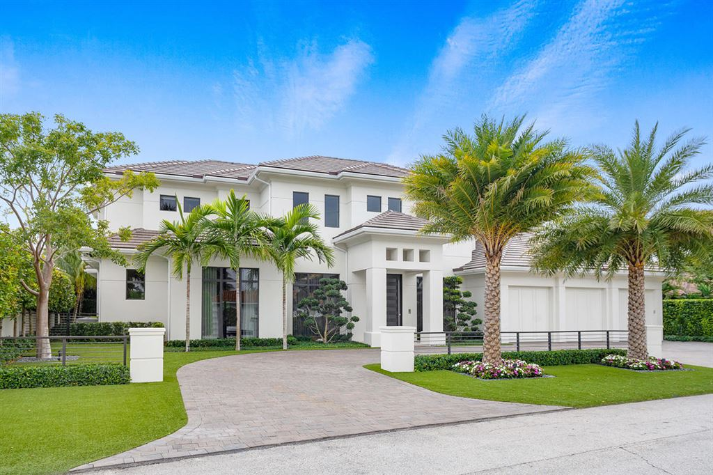 Photo for 252 S Silver Palm Road, Boca Raton, FL 33432 (MLS # RX-10501071)