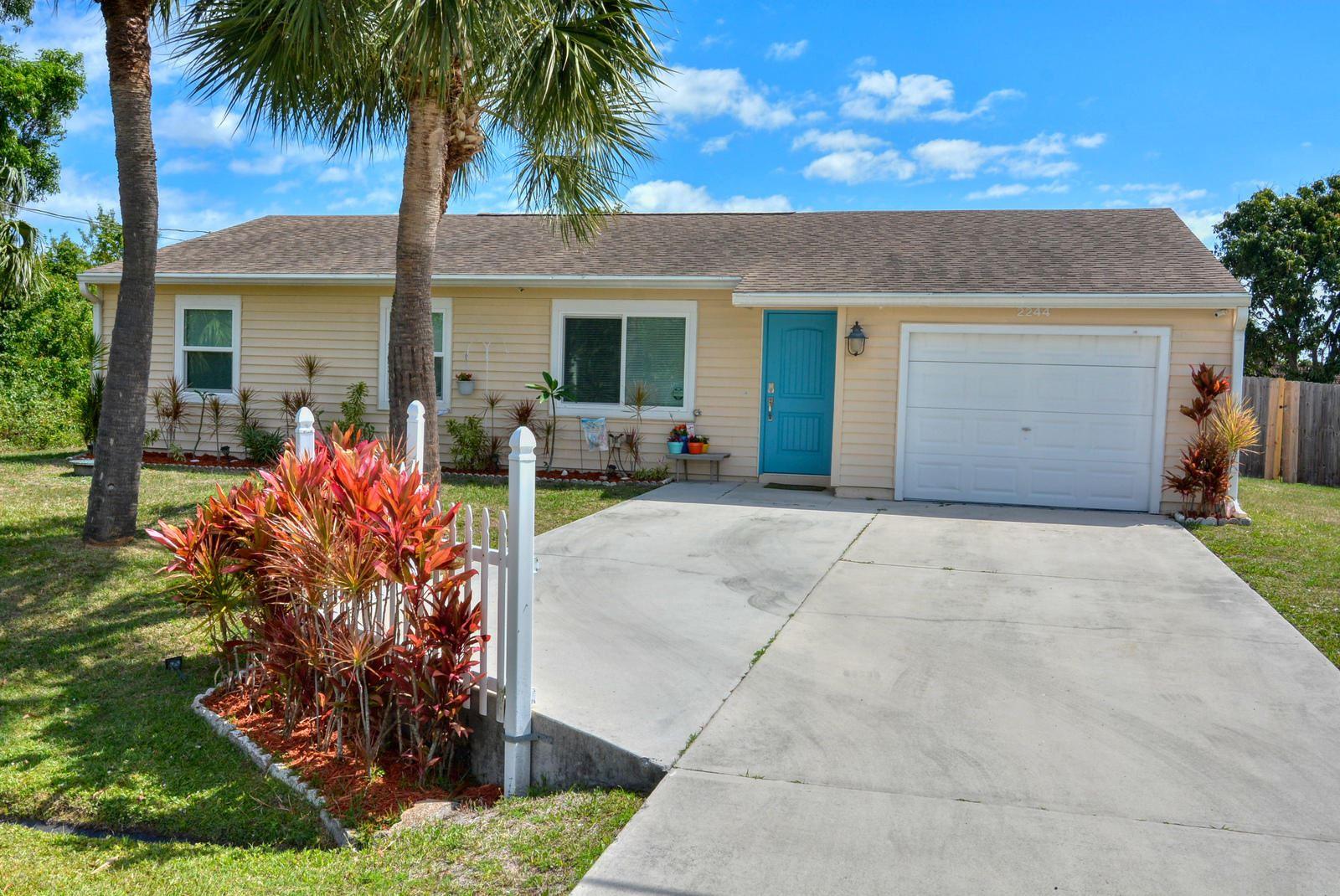 2244 SE Mandrake Circle, Port Saint Lucie, FL 34952 - #: RX-10713071