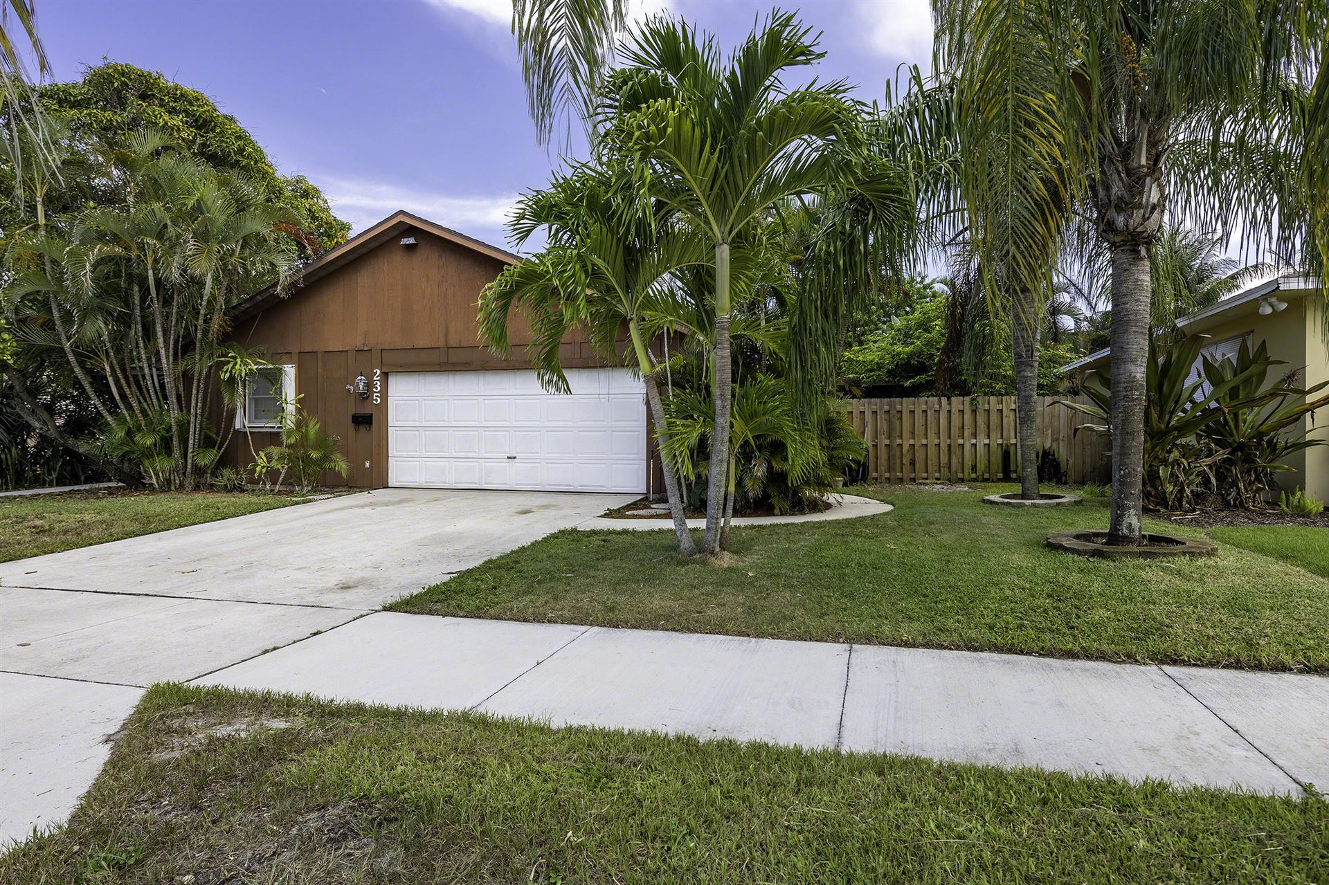 235 Dartmouth Drive, Lake Worth, FL 33460 - MLS#: RX-10733072