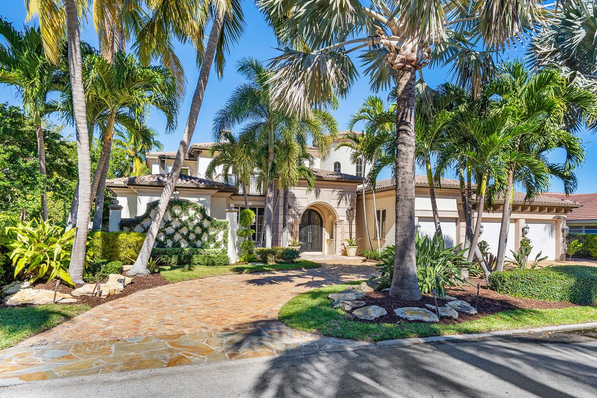215 W Coconut Palm Road, Boca Raton, FL 33432 - #: RX-10633073