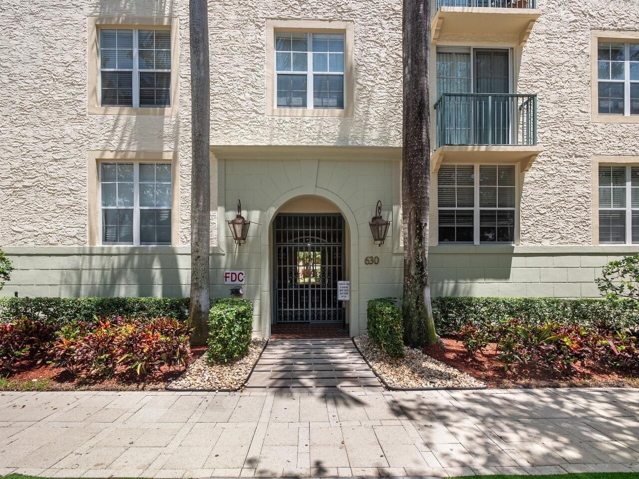 630 S Sapodilla Avenue #104, West Palm Beach, FL 33401 - #: RX-10735076