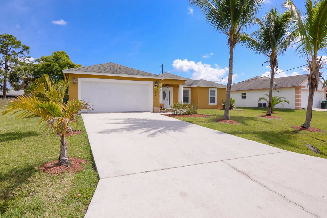 1229 SE Wave Lane, Port Saint Lucie, FL 34983 - #: RX-10700078