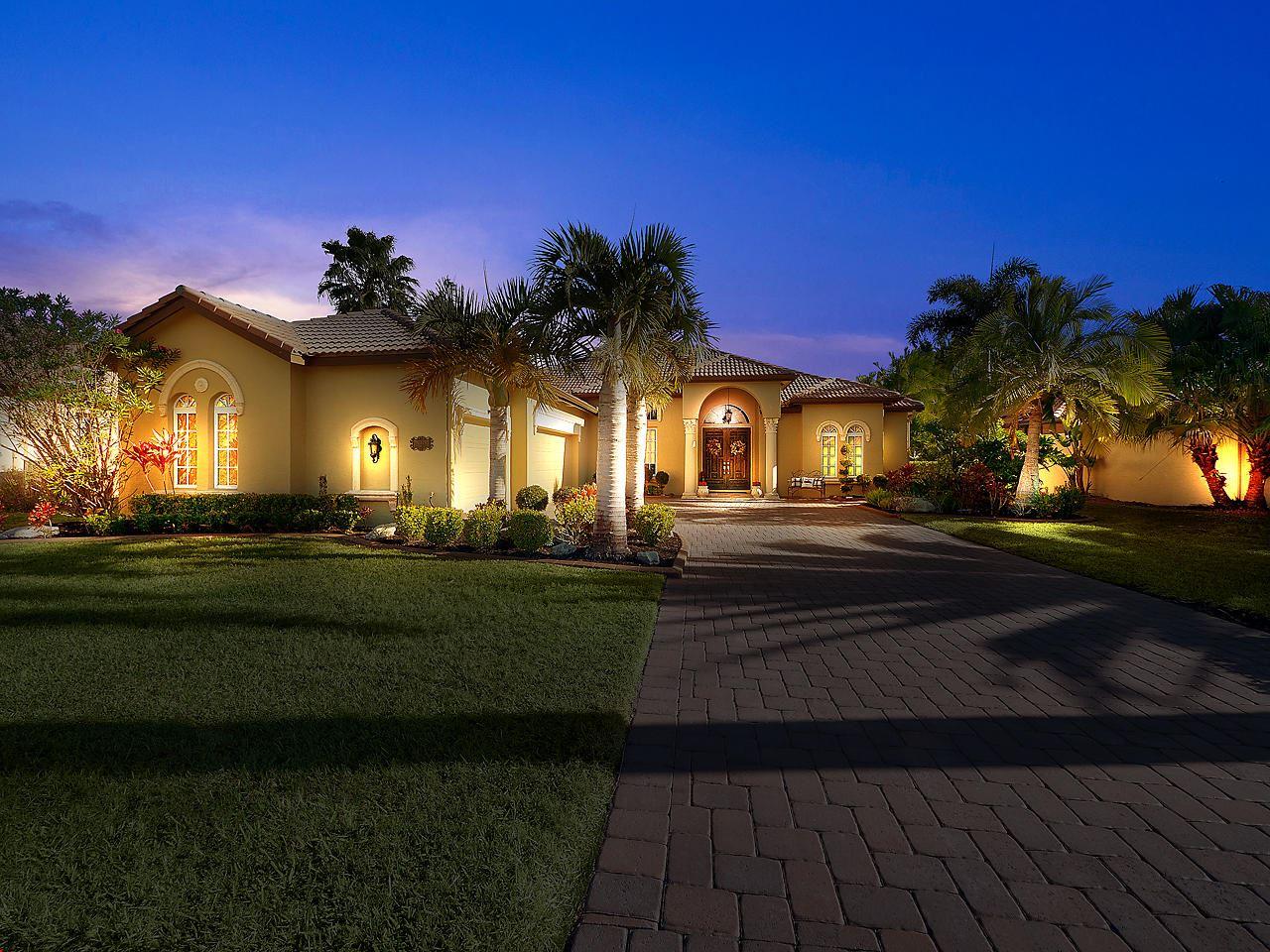 882 SW Grand Reserves Boulevard, Port Saint Lucie, FL 34986 - #: RX-10690079