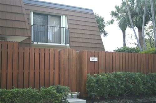 Photo of 3054 30th Court, Jupiter, FL 33477 (MLS # RX-10638086)