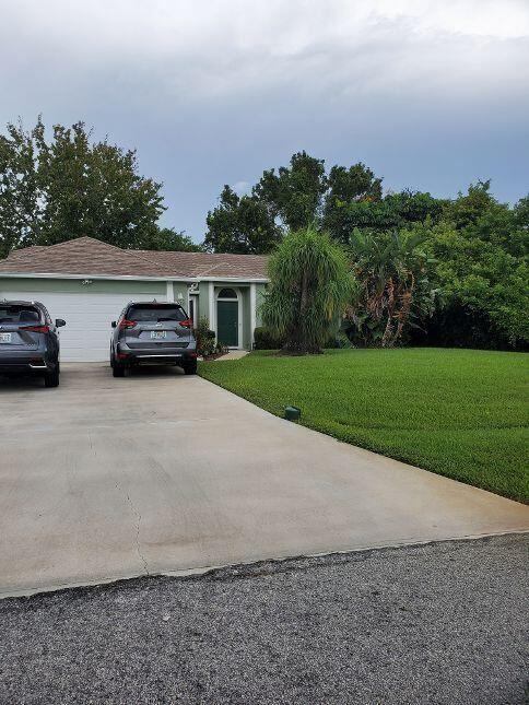 1461 SE Grapeland Avenue, Port Saint Lucie, FL 34952 - #: RX-10751088