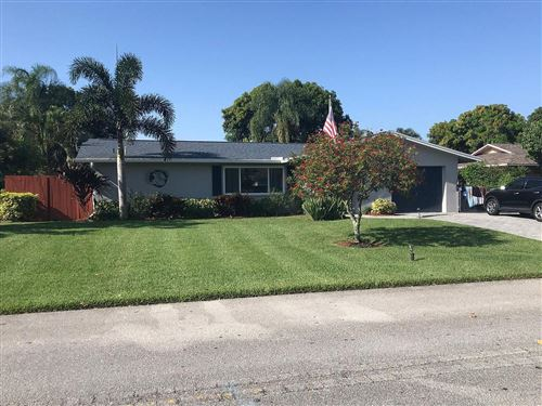 Photo of 4256 Gardenia Drive, Palm Beach Gardens, FL 33410 (MLS # RX-10717089)
