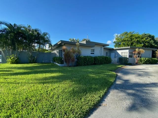 Photo of 801 NE 20th Avenue, Fort Lauderdale, FL 33304 (MLS # RX-10738091)