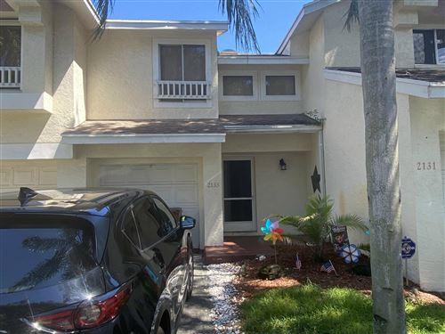 Photo of 2133 Discovery Circle W, Deerfield Beach, FL 33442 (MLS # RX-10749092)