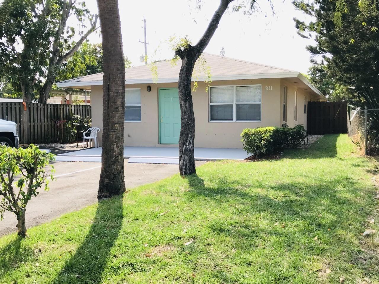 911 S Pine Street, Lake Worth, FL 33460 - MLS#: RX-10705092