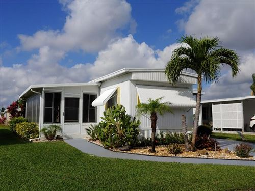 Photo of 53013 Del Rio Bay, Boynton Beach, FL 33436 (MLS # RX-10604095)