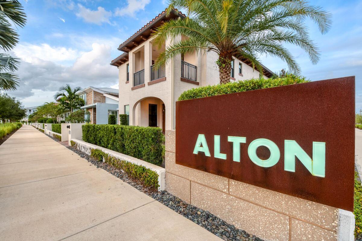 Photo of 13616 Dumont Road, Palm Beach Gardens, FL 33418 (MLS # RX-10699095)