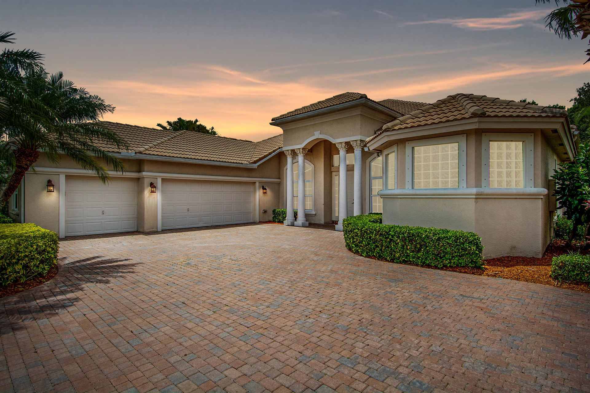 948 SW Bromelia Terrace, Stuart, FL 34997 - #: RX-10722095