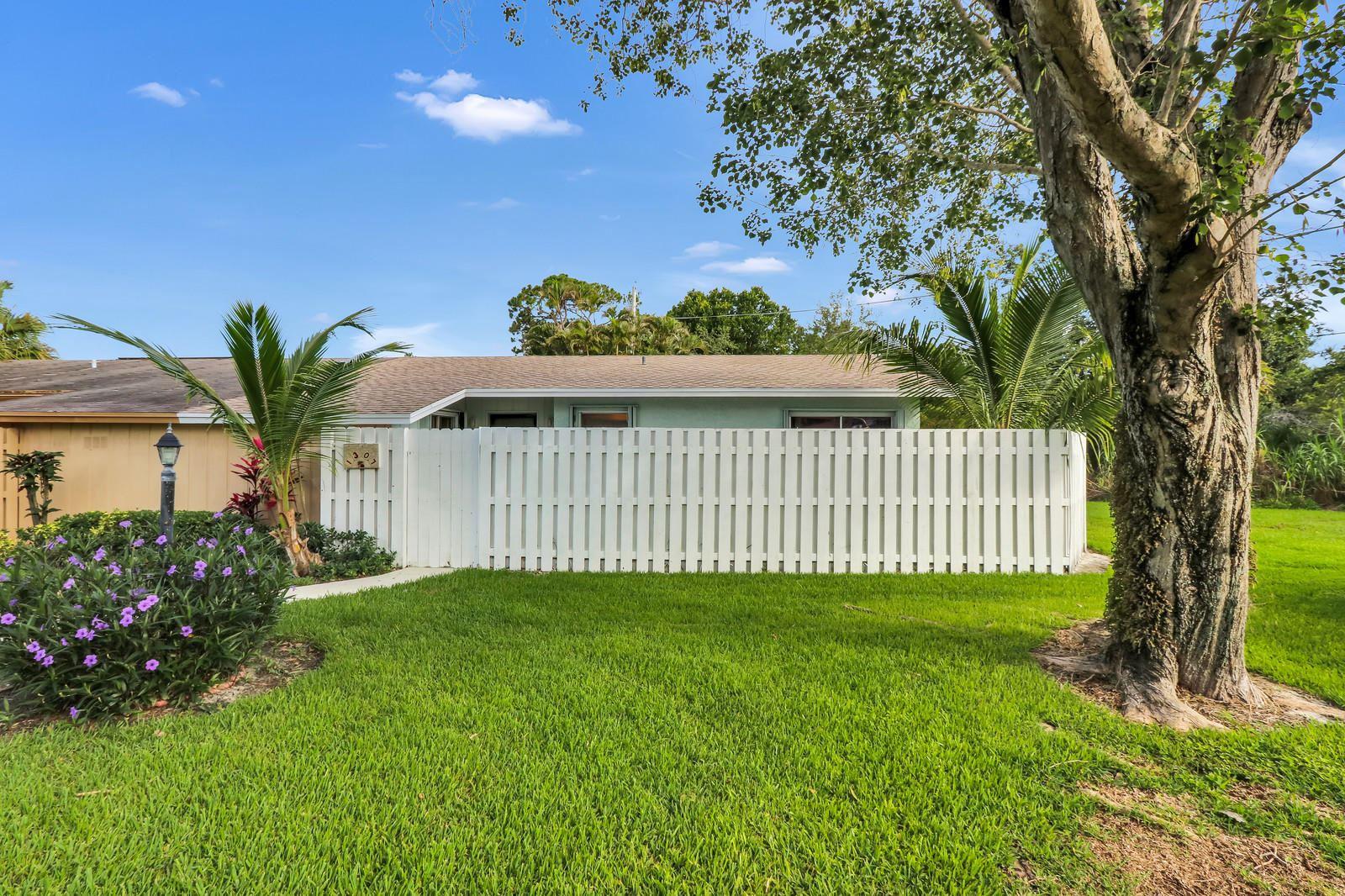 1307 Chippewa Street, Jupiter, FL 33458 - #: RX-10642097