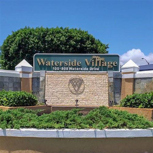 Foto de inmueble con direccion 701 Waterside Drive Hypoluxo FL 33462 con MLS RX-10653098