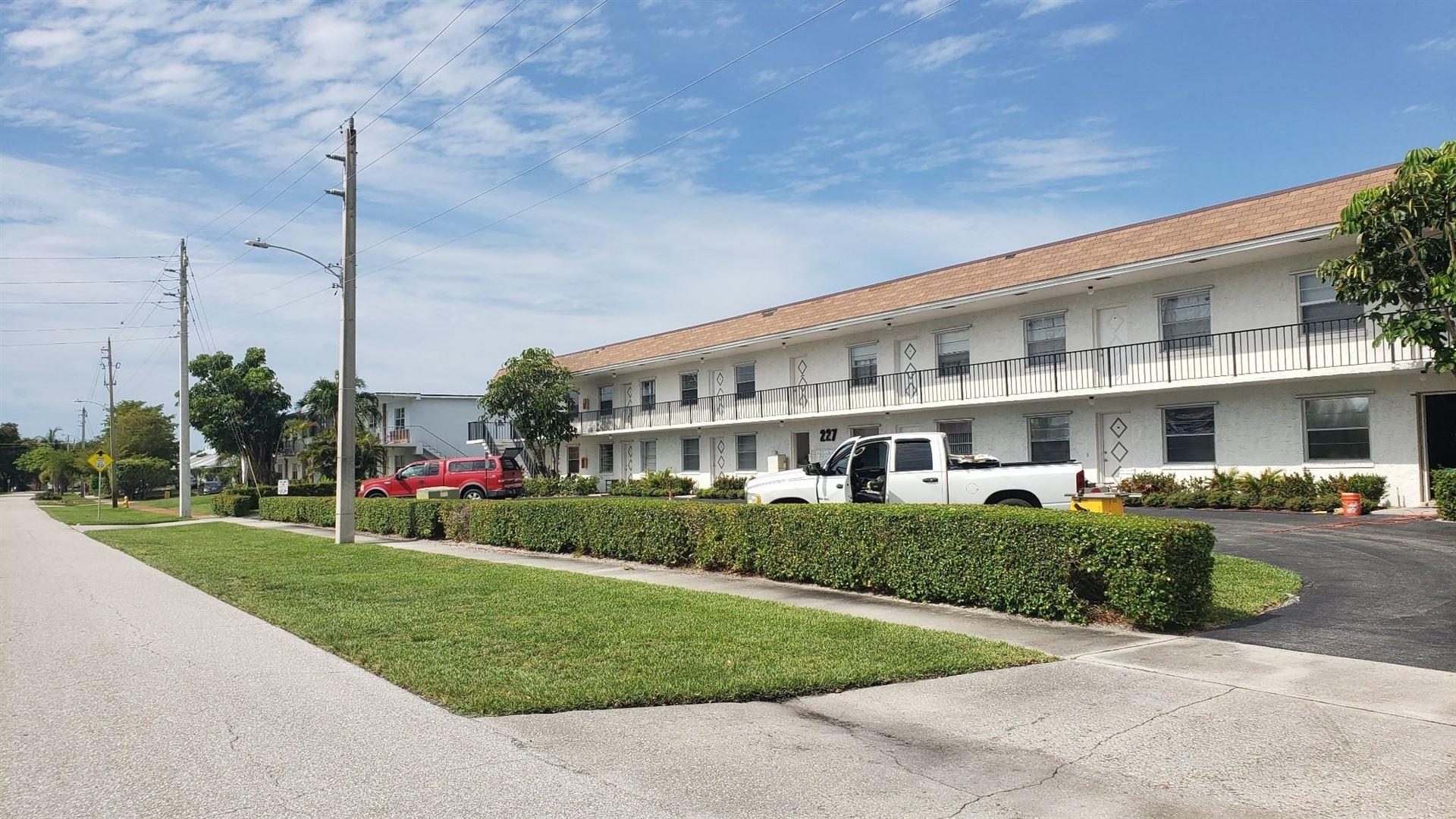 227 Castlewood Drive #102, North Palm Beach, FL 33408 - MLS#: RX-10716098