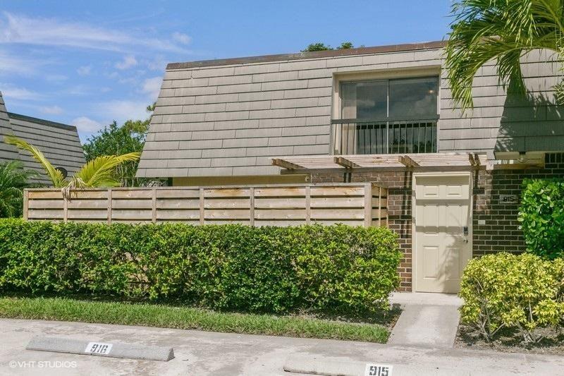 915 9th Terrace, Palm Beach Gardens, FL 33418 - #: RX-10619100