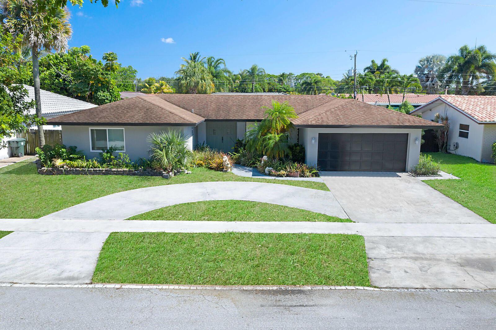12 Burning Tree Lane, Boca Raton, FL 33431 - #: RX-10714101