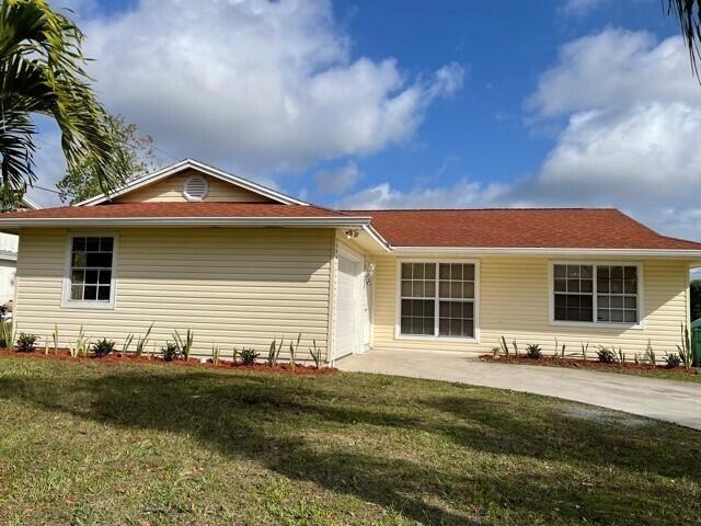 255 SW Aubudon Avenue, Port Saint Lucie, FL 34984 - #: RX-10660103