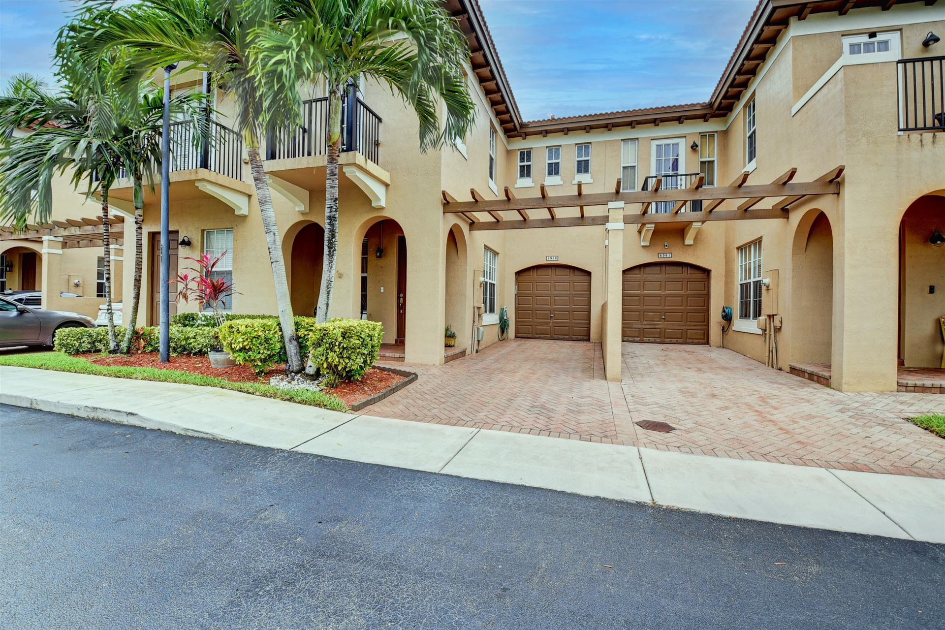Photo of 6983 Julia Gardens Drive, Coconut Creek, FL 33073 (MLS # RX-10696103)