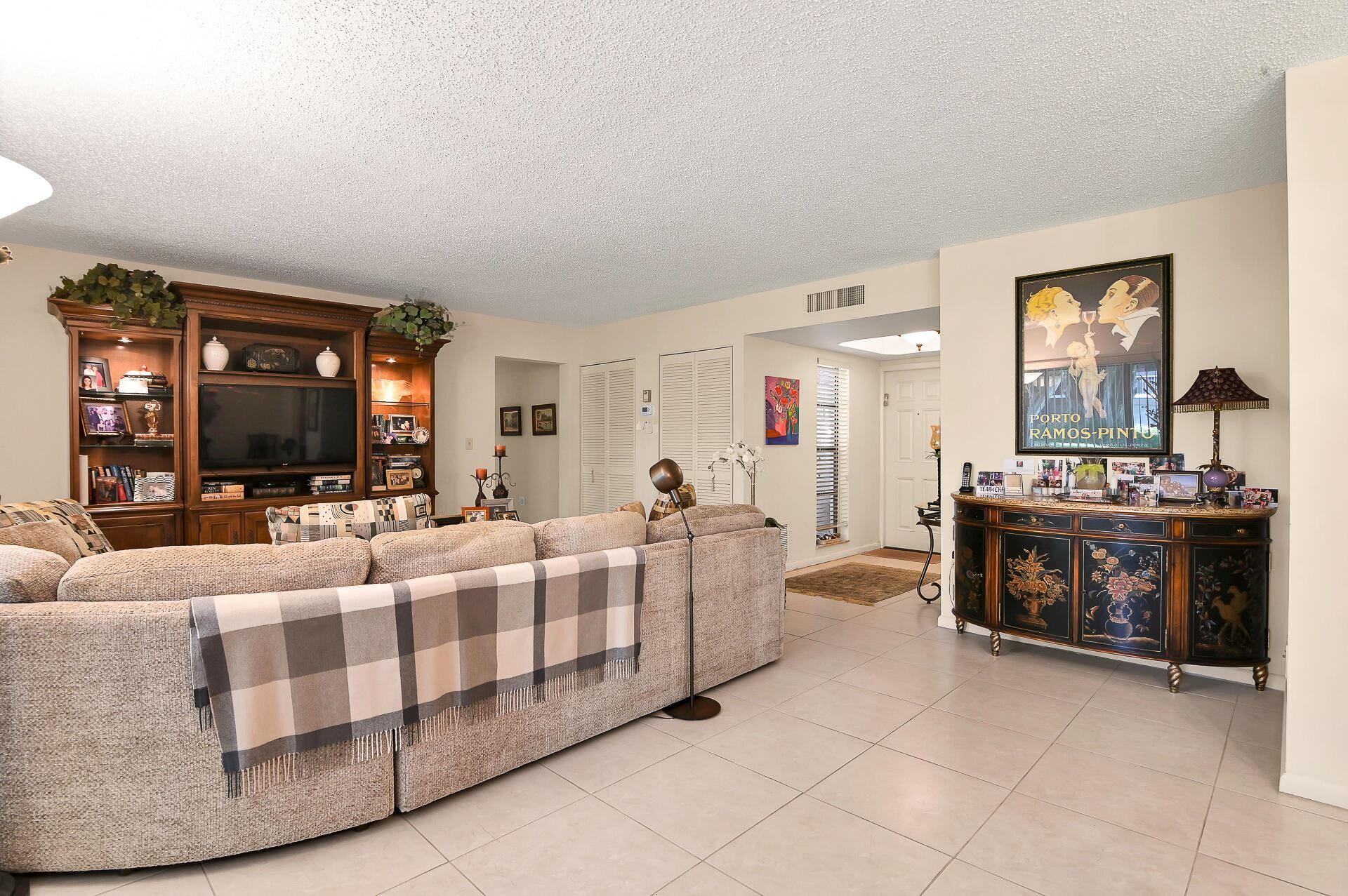 6878 NW Willow Wood Drive #303, Boca Raton, FL 33434 - MLS#: RX-10745103
