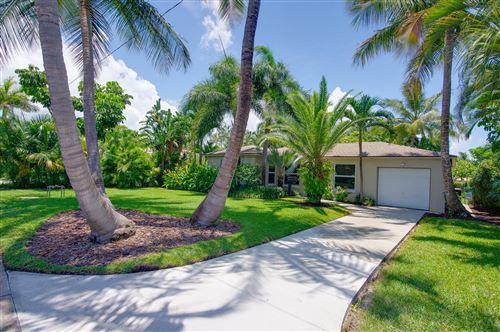 Foto de inmueble con direccion 353 Orange Way West Palm Beach FL 33405 con MLS RX-10635105