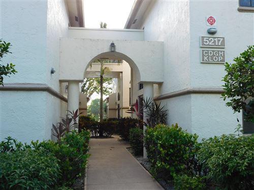 Photo of 5217 Brisata Circle #H, Boynton Beach, FL 33437 (MLS # RX-10755105)