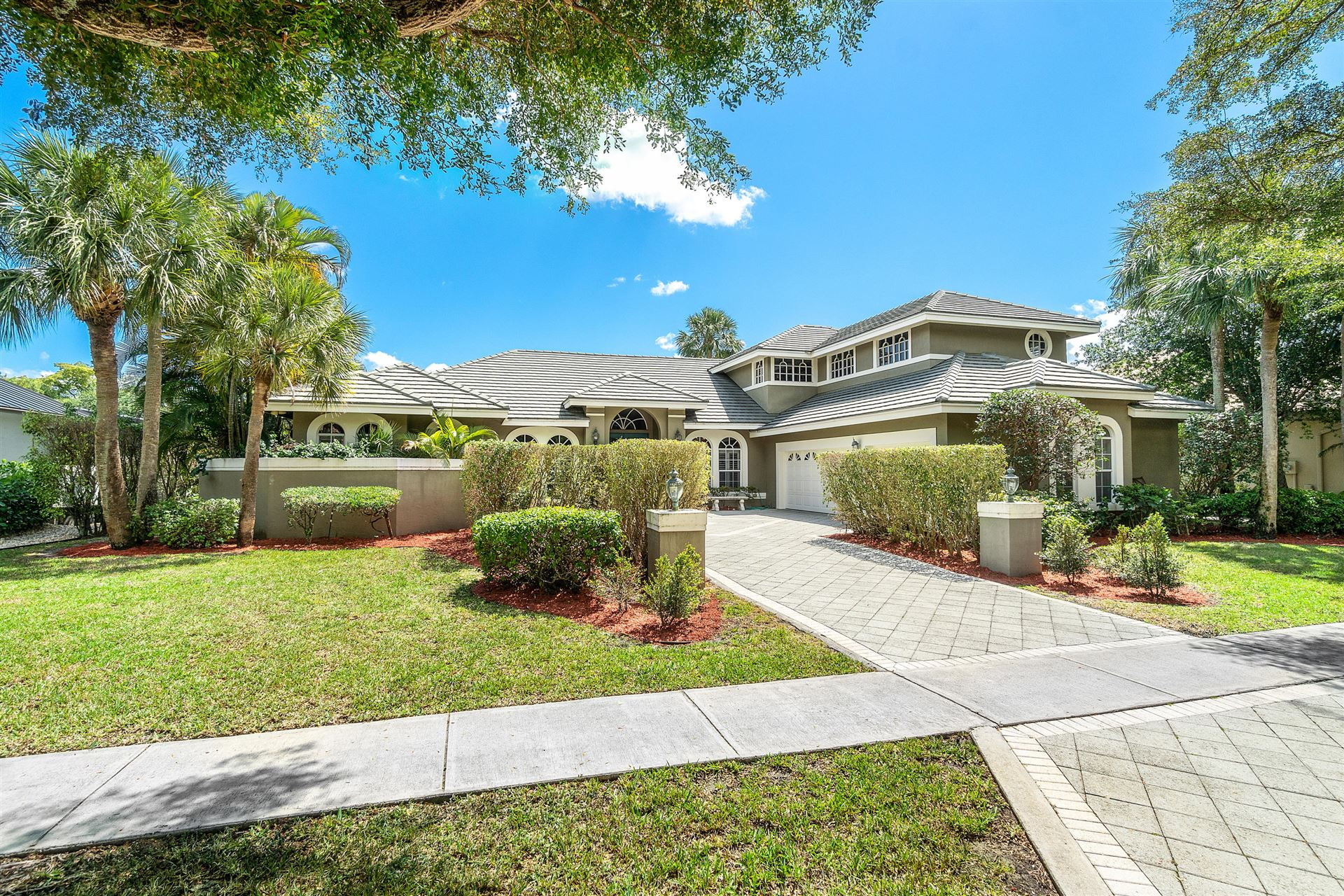 Photo of 1100 SW 21st Avenue, Boca Raton, FL 33486 (MLS # RX-10706107)