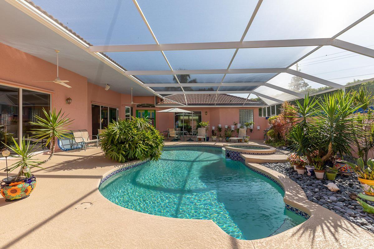 2233 SE Montrose Lane, Port Saint Lucie, FL 34952 - #: RX-10637108