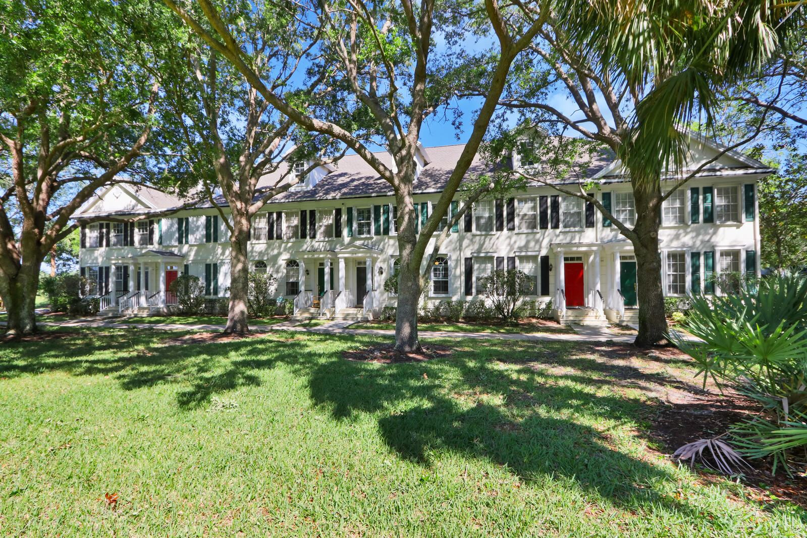 Photo of 208 Murray Court, Jupiter, FL 33458 (MLS # RX-10715110)