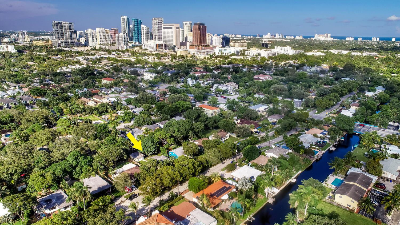 505 SW 11th Court, Fort Lauderdale, FL 33315 - #: RX-10660113