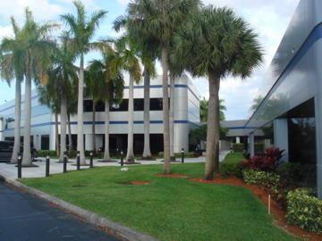 Foto de inmueble con direccion 3363 W Commercial Boulevard #200a Fort Lauderdale FL 33309 con MLS RX-10540114