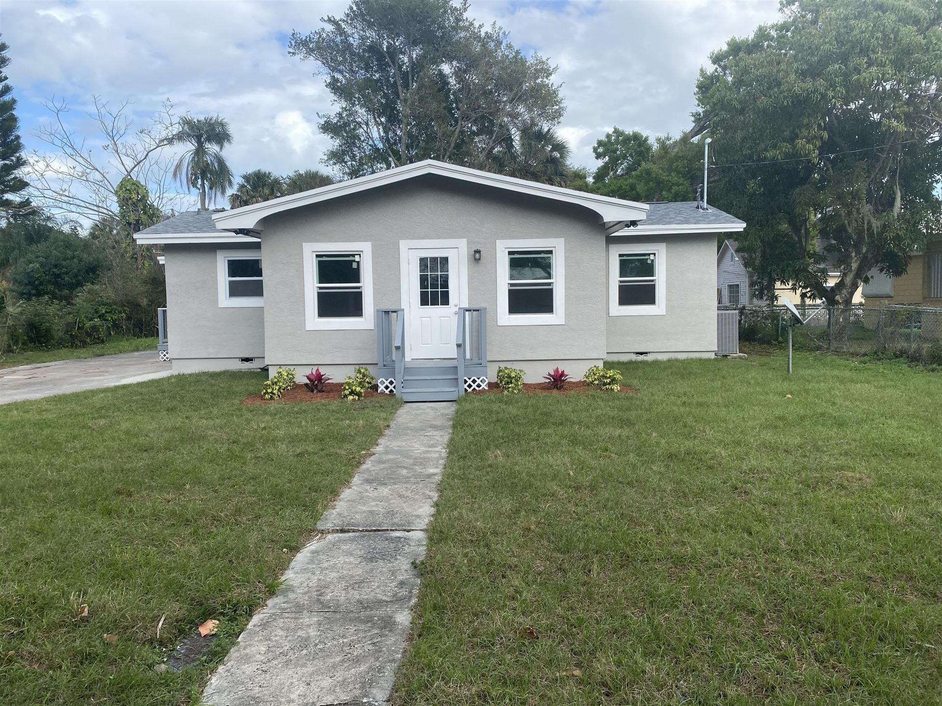 712 S 9th Street, Fort Pierce, FL 34950 - #: RX-10694114