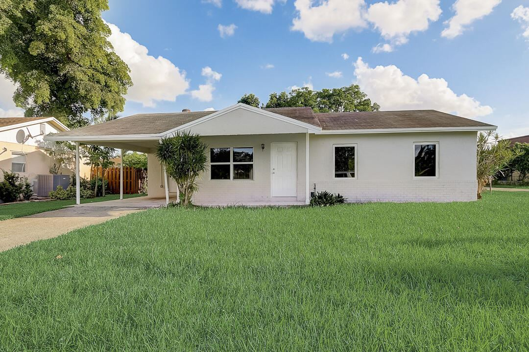 Photo of 7926 SW 4th Place, North Lauderdale, FL 33068 (MLS # RX-10750114)