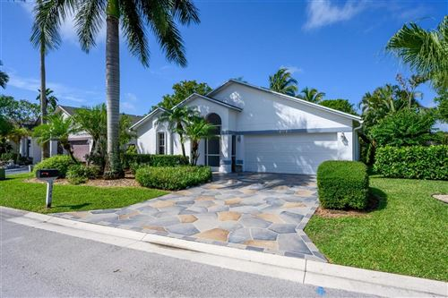 Foto de inmueble con direccion 1344 Waterway Cove Drive Wellington FL 33414 con MLS RX-10625115