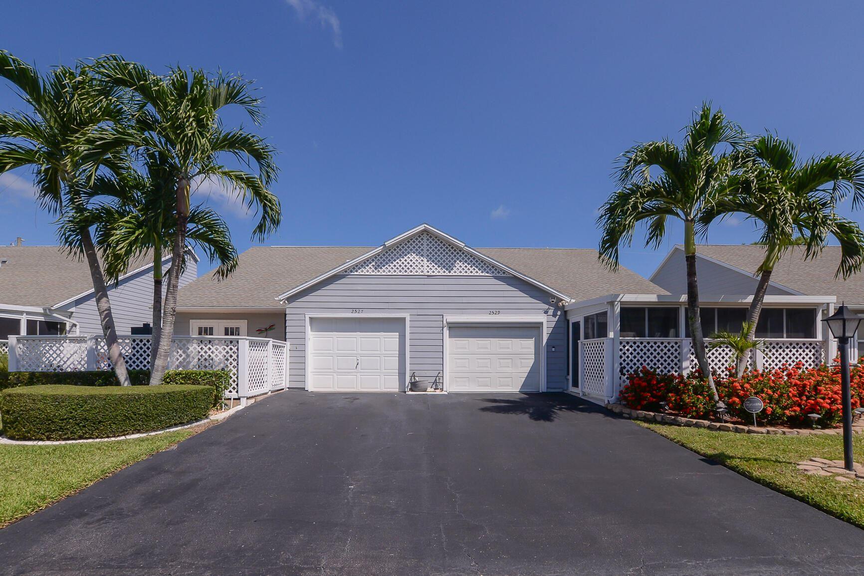 2527 SE Tropical East Circle E, Port Saint Lucie, FL 34952 - MLS#: RX-10746115