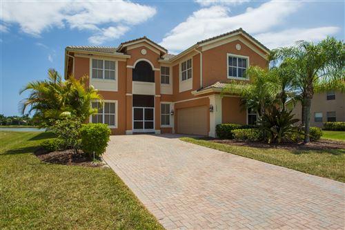 Photo of 1000 Ruby Avenue SW, Vero Beach, FL 32968 (MLS # RX-10716116)