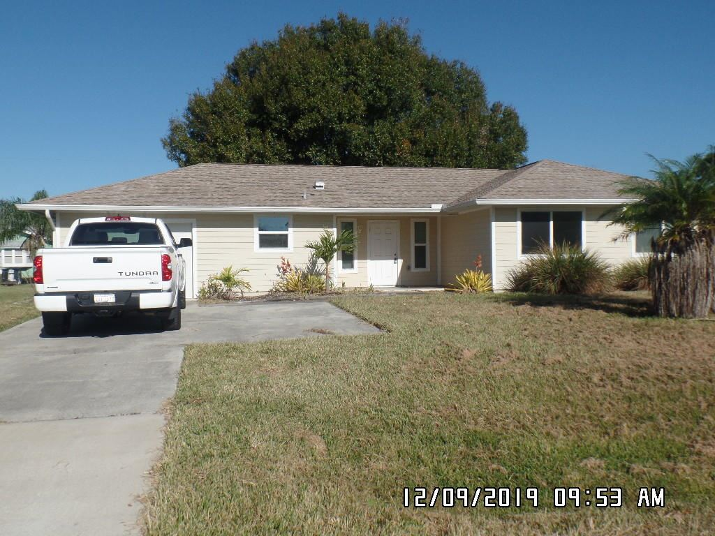 125 SW Thornhill Drive, Port Saint Lucie, FL 34984 - #: RX-10587116