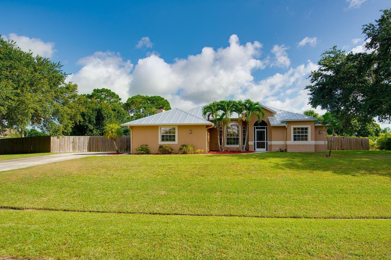 Photo of 164 SW South Danville Circle, Port Saint Lucie, FL 34953 (MLS # RX-10636116)