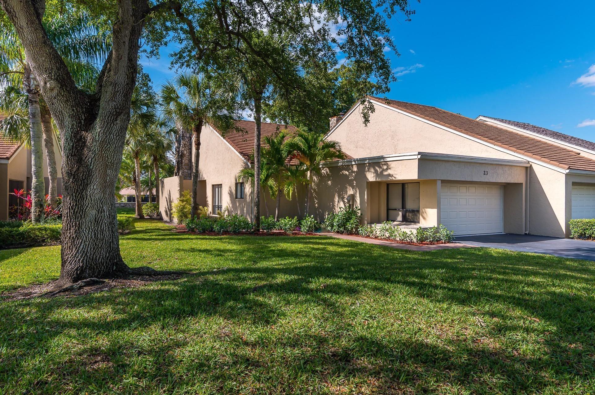 Photo of 23 Balfour Road W, Palm Beach Gardens, FL 33418 (MLS # RX-10709116)