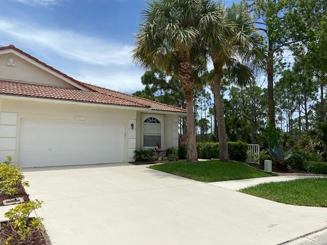 Photo of 6872 SE Warwick Lane, Stuart, FL 34997 (MLS # RX-10735116)