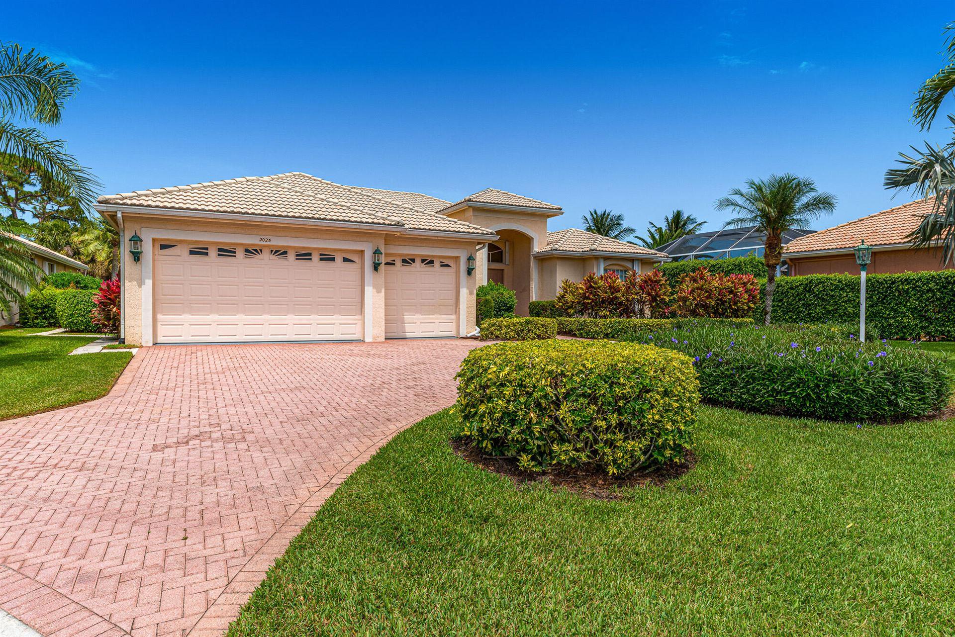 2025 SE Oxton Drive, Port Saint Lucie, FL 34952 - #: RX-10721117