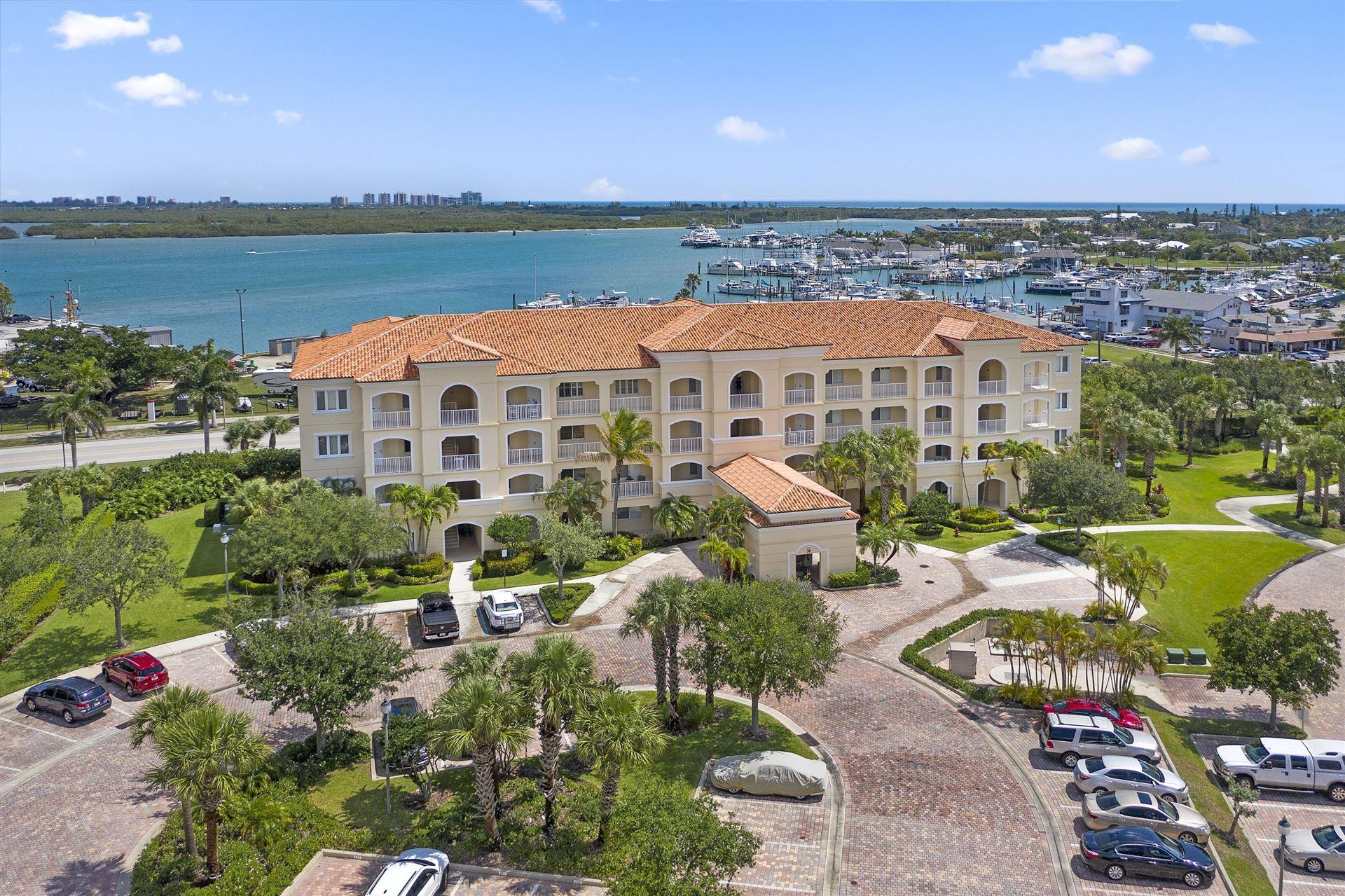 38 Harbour Isle Drive E #202, Fort Pierce, FL 34949 - #: RX-10624119