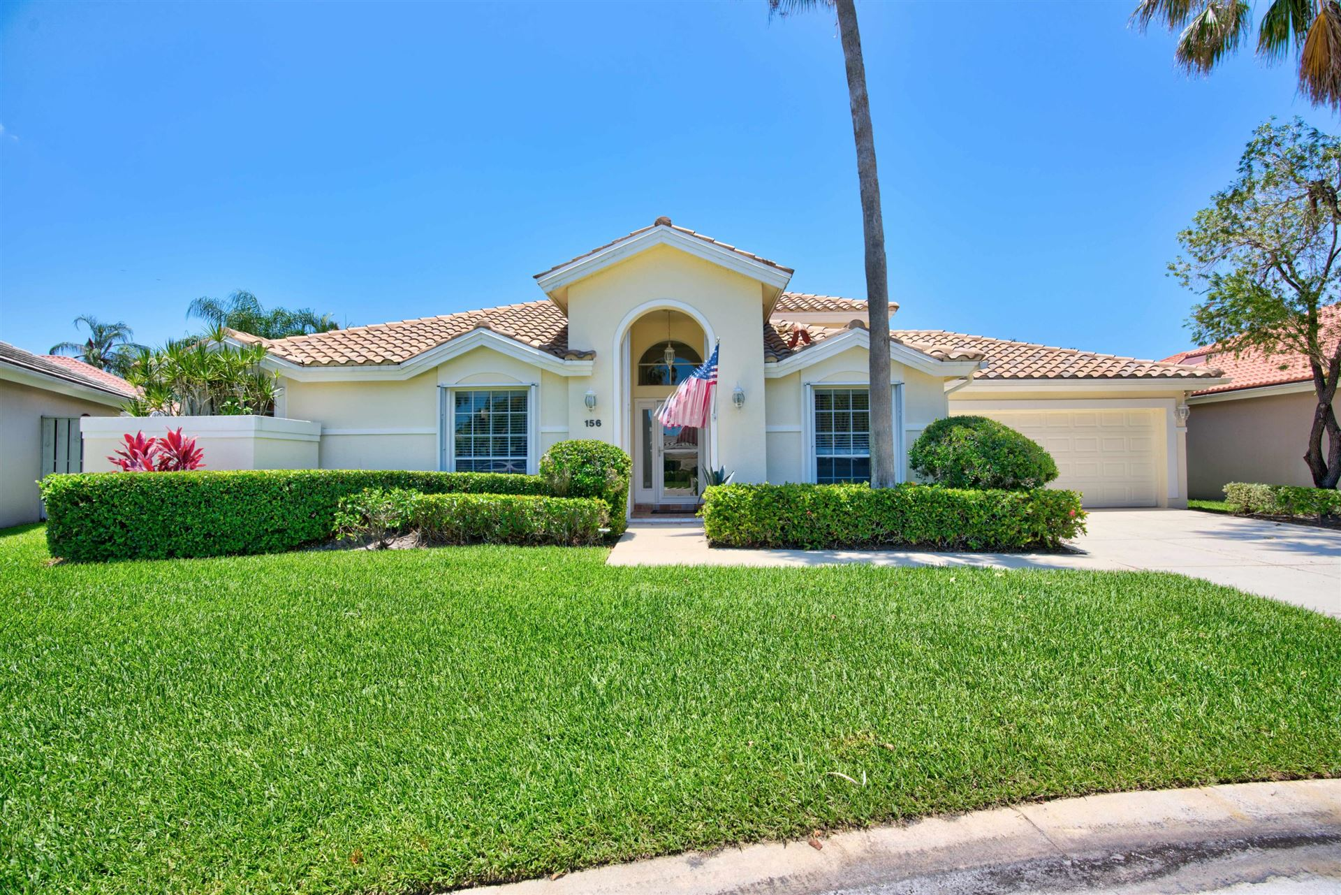 Photo of 156 Eagleton Court, Palm Beach Gardens, FL 33418 (MLS # RX-10630119)