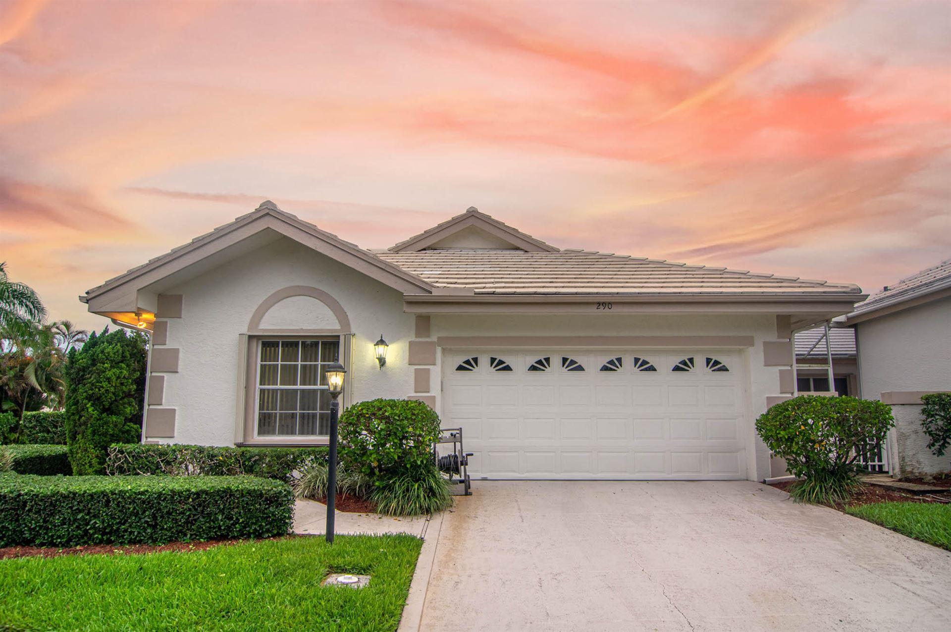 Photo of 290 Canterbury Drive E, Palm Beach Gardens, FL 33418 (MLS # RX-10726119)