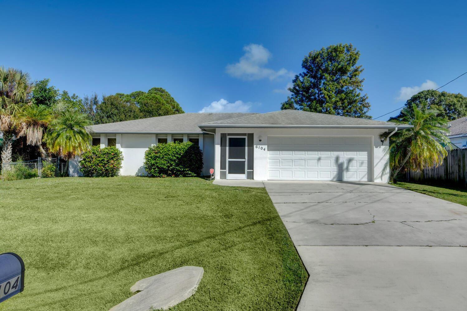 6104 Birch Drive, Fort Pierce, FL 34982 - #: RX-10752119
